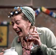Jean Alexander aka Hilda Ogden has died at the age of ninety - About  Manchester