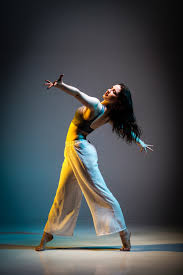 Discover this awesome collection of dancer iphone 11 wallpapers. 500 Dancer Pictures Hd Download Free Images On Unsplash
