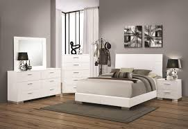 Modern Mirrors For Bedroom Buy Felicity Modern Mirror By Coaster From Wwwmmfurniturecom