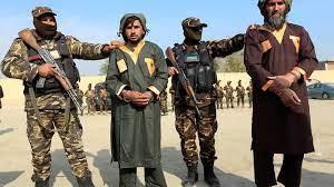 مقتل عشرة جنود أفغان في هجوم على قاعدة عسكرية تبنته حركة طالبان