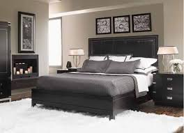 High Contrast Bedroom Decorating With Modern Bedding Sets In Black Delectable Black Contemporary Bedroom Set