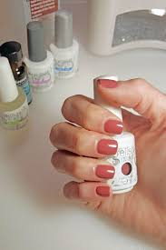 picture of diy gel manicure how to make them last
