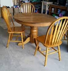 Kitchen Table Makeover 90s Oak Table Makeover Table And Chairs Pedestal And Searching