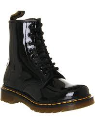 dr martens 1460 8 eye patent leather boots women boots black patent