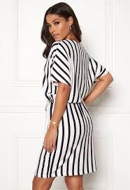 Jacqueline De Yong Size Chart Jacqueline De Yong Alina S S Dress Cloud Dancer Stripes