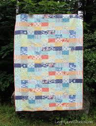 Quilting for Beginners: 21 Simple Quilt Patterns | FaveQuilts.com & Beginner Quilt Patterns Adamdwight.com