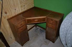 Image of: Corner Desk with Drawers Picture