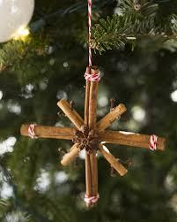 Weihnachtsbasteln Naturmaterialien Zimtstangen Gewürze