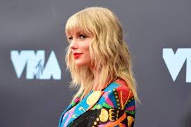 Taylor Charts Rs Charts Taylor Swifts Lover Takes Number One By A
