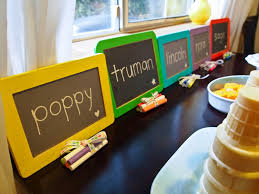 Bargain Party Decorations 9 Easy Inexpensive And Unforgettable Birthday Party Favor Ideas