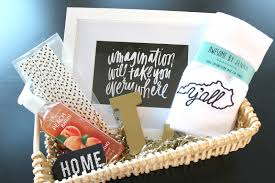 housewarming gifts for her return gifts for housewarming housewarmingt