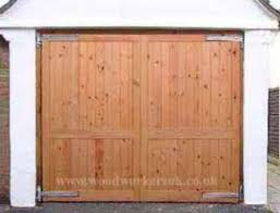 wooden garage doors manufactured to the sizes you require in hardwood and softwood
