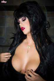Busty Goth Chick Alison Tyler