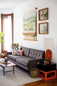 when it es to finding gently used furniture at a great there s no better resource than craigslist it serves up a vast selection of geographically