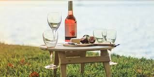 say goodbye to spilt wine with summer picnic