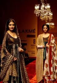 Anushka Sharma Fashion Designer Evergreendesire Rare Ramp Photos Of Anushka Sharma