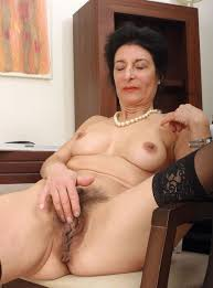 For naturalists and mature women lovers Mature lovers porn