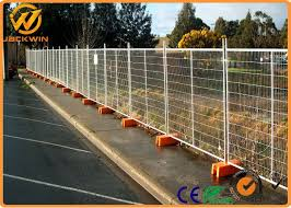 temporary galvanized welded wire mesh fence for construction site garden