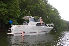 Image result for 25 foot Cabin Cruiser