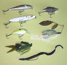 Largemouth Bass Lures Guide On How To Choose The Best One
