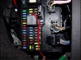 how to fuse box on a 04 11 ford f150 5 4 v3 triton how to fuse box on a 04 11 ford f150 5 4 v3 triton