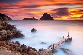 Qu ver en Ibiza Cala d Hort Por la calidad de su arena por su.