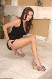 Showing Porn Images for Lesbian lick feet in heels porn www.