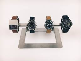 Be Stands For Indulou Quattro Watch Stand Review Kaminskyblog