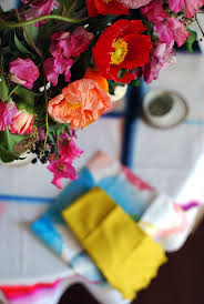 make an easy statement centrepiece with this step by step tutorial
