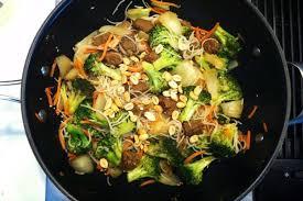 stir fried rice noodles with ginger