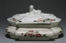 <b>Sugar box</b> - Vienna|Du Paquier period — Google Arts & Culture