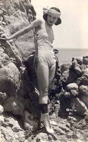 ARCADE CARD – MOVIE STAR – MYRTLE REEVES – STANDING BY ROCKS IN HEAD BAND |  CHUCKMAN'S PHOTOS ON WORDPRESS: 1920s ARCADE CARD BEAUTIES - THEIR CHARM  AND GRACE AND WHIMSY