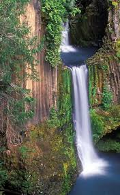 Toketee Falls An ancient waterfall hidden in the Oregon woods. Need to put  this on the 2014 summer to do list. Want great helpful hints about arts and  ...