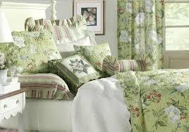 Quilt by Williamsburg & Magnolia Quilt by Williamsburg Adamdwight.com