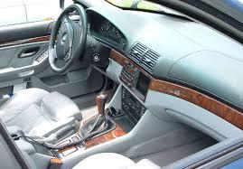 File:1996-2001 BMW E39 interior.jpg - Wikimedia Commons