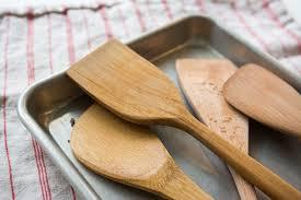 spatulas group wooden