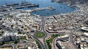 سلطنة عمان تُمدد إغلاق المنافذ البرية لأسبوع آخر