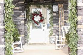 how to make a front doorHow To Make A Real Garland  The Wood Grain Cottage