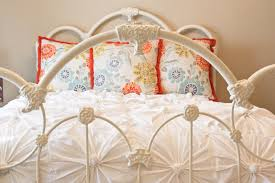 anthropologie inspired knotted bedding part 1 making the knotted squares