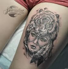 девушка с тигром на голове добавлено сич владимирович