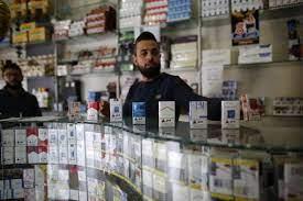 إغلاق المقاهي بسبب كورونا يضاعف استهلاك السجائر في مصر