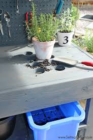 if you love to garden you ll want to make this diy pallet