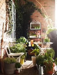 awesome small balcony garden ideas 09