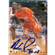 Wesley Person autographed Basketball Card (Auburn) 1994 Classic