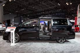 Toyota Sienna Passenger Van - Cars.com Overview | Cars.com