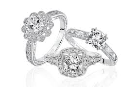 Win 5 000 Towards An Engagement Ring Or Wedding Bands From Artcarved