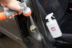 finish off by wiping and drying the door jambs and seal with a d autoglym hi tech microfibre cloth to remove any remaining dirt