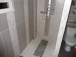 Simple Bathroom Tile Designs .