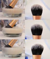 even though the brush looks pretty clean after two rinses more es out in the third go though the fourth rinse isn t even cloudy