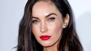 can you wear red lips with a red dress megan fox did